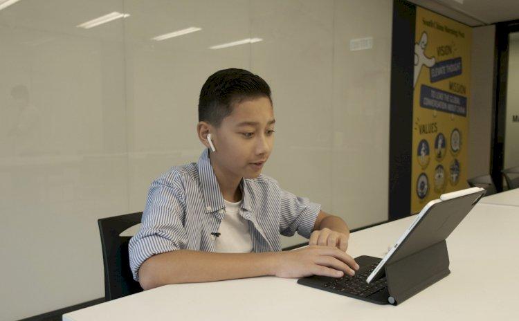 Lập trình viên 12 tuổi tham gia cuộc thi lập trình của Apple