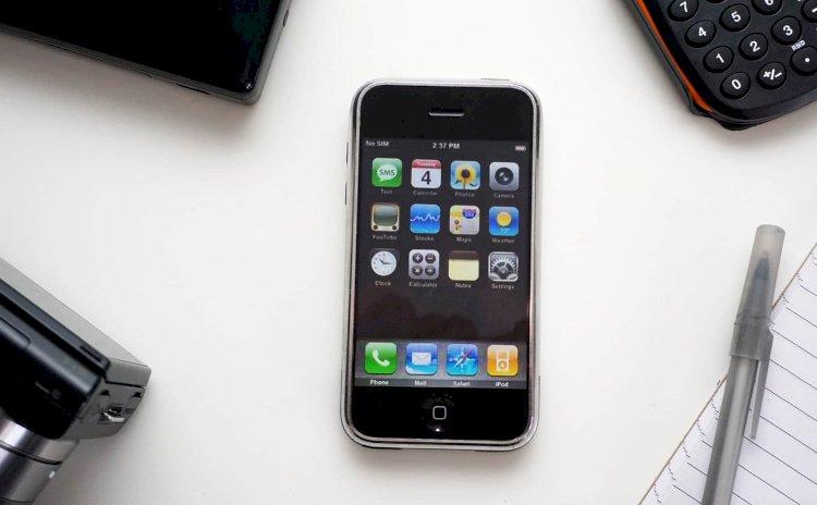 Apple định đổi tên iOS trở lại thành iPhoneOS vào sự kiện WWDC năm nay?