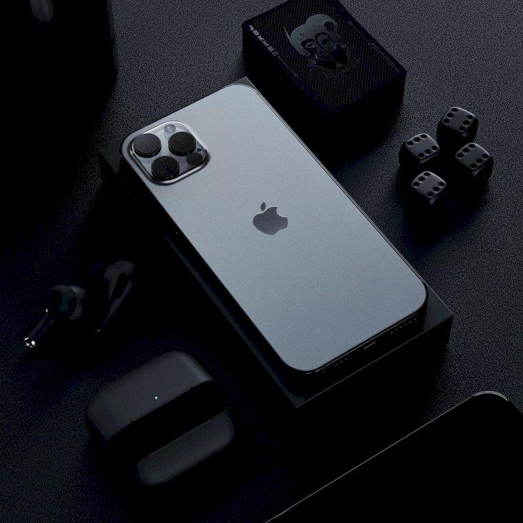 Xuất hiện video trên tay mặt lưng iPhone 12 Pro?