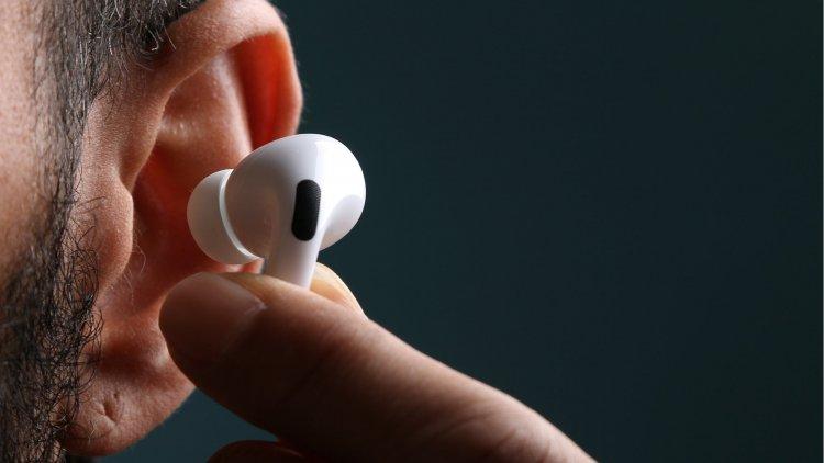 Kết nối tai nghe AirPods với máy tính chạy Windows
