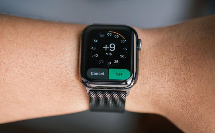 Thủ thuật chỉnh Apple Watch hiển thị thời gian nhanh hơn, dành cho người hay chậm trễ