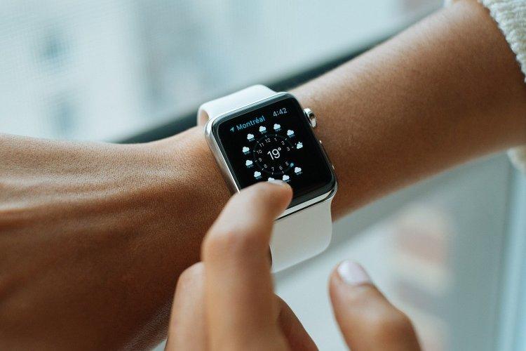 Apple tiếp tục dẫn đầu thị trường thiết bị đeo thông minh trong Q4 năm 2020