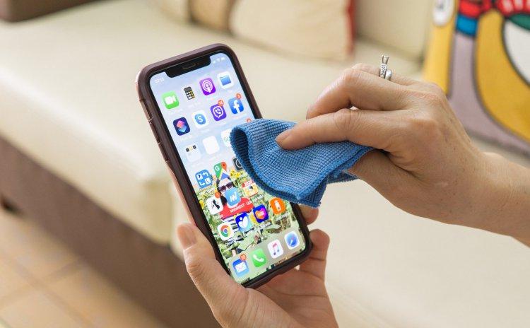 Apple khuyến cáo không dùng chất khử Hydrogen Peroxide (oxy già) để lau chùi sản phẩm