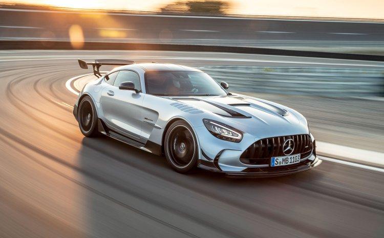 Kỹ sư Mercedes-AMG về Apple làm việc cho dự án đặc biệt