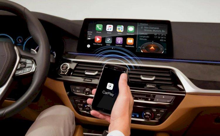 BMW sẽ ngừng việc thu phí khách hàng sử dụng Apple CarPlay